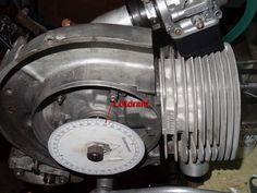 Der obere Totpunkt bei diesem Vespa Motor wurde ermittelt mit einer Gradscheibe und einem Stück Blumenwickeldraht.