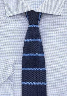 Strick-Businesskrawatte streifig dunkelblau