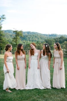 a neutral color palette for the Bridesmaids  Photography By / ohdarlingphotography.com