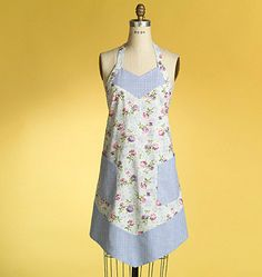 Aprons pattern Butterick B4945 Several Styles of by ucanmakethis