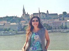 Linda linda de #coleteria na Hungria a @patiaraldi , nossa querida cliente!! #semprecoleteria #colete #coletefeminino #maxicolete #coletedealfaiataria #alfaiataria www.coleteria.com.br