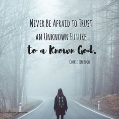 """Join us for a """"This I Know,"""" a FREE 4-week Bible study on trusting a known God for your unknown future. Subscribe at www.lauradingman.com"""
