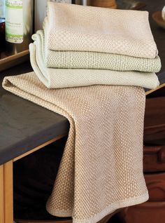 *sigh* I love these beautiful towels, woven from sustainably-grown undyed cotton. Do these say spring weaving, or what?