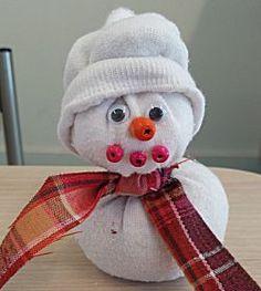 Sok wordt Sneeuwpop  -- Knutsel je ook mee?