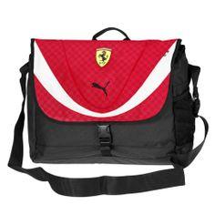Scuderia Ferrari Replica Shoulder Bag #ferrari #ferraristore #puma #shoulderbag #bag #borsa #red #rosso #rossoferrari #ferrarired #prancinghorse #cavallinorampante #accessories #accessori