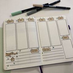I find that I almost always prefer the vertical layout in my weeklies. Do you prefer vertical or horizontal layouts in your weeklies? Bullet Journal Weekly Layout, Bullet Journal Writing, Bullet Journal Junkies, Bullet Journal Inspo, Bullet Journal Spread, Bullet Journal Ideas Pages, Journal Entries, Bujo, Calendar Journal