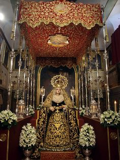 Madre de Dios de la Palma. (Hdad del Cristo de Burgos, Sevilla) Festividad de la Inmaculada. (oscarpuigdevall/flickr)