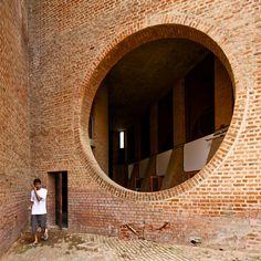 Indian Institute of Management/ Louis Kahn/ Ahmedabad