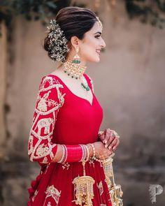 Indian Bridal Outfits, Indian Bridal Fashion, Indian Bridal Wear, Indian Designer Outfits, Pakistani Bridal, Indian Bride Hair, Pakistani Bride Hairstyle, Designer Clothing, Bridal Lehenga Collection