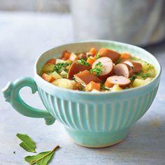 Kartoffel-Linsen-Eintopf mit Würstchen Eat Smart, Diet Motivation, Soups And Stews, Fruit Salad, Low Carb, Food And Drink, Veggies, Cooking, Healthy