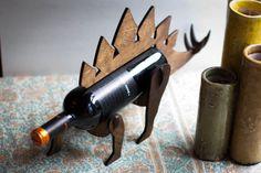 Wine-O-Saur Wooden Dinosaur Wine Rack Stegosaurus Cool Wine Racks, Decoration Originale, Funky Design, Creative Design, Wine Collection, Dark Walnut Stain, Beer Gifts, Diy Gifts, Orange Oil