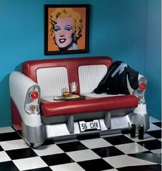 """Add a """"diner"""" style table & this would be my sort of breakfast nook!"""