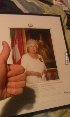 Canadian citizens can get a free portrait of the Queen simply by asking the government via email for one!
