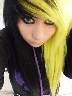 Black and yellow scene dyed hair. The yellow actually looks good Black Scene Hair, Emo Scene Hair, Emo Hair, Hair A, Undercut Hairstyles, Cool Hairstyles, Scene Hairstyles, Wash Out Hair Color, Dying My Hair
