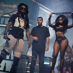 Things just got uglier in the Lil Wayne Vs. Cash Money battle as the rapper says the label also owes Drake, Nicki Minaj, and Tyga millions. Nicki Minaj Body, Drake Nicki Minaj, Nicki And Drake, Drake Lil Wayne, Rapper Lil Wayne, Nicki Minaj Outfits, Lil Weezy, Cash Money Records, Lil Boosie