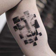 Bhuddha Tattoo by Balazs Bercsenyi @balazsbercsenyi balazsbercsenyi micro bhuddha blackwork