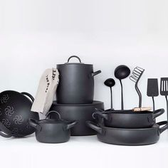 6 Elegant Cookware Lines, Italian Edition Designed by Enzo Mari for Zani & Zani, the Cookware Set is available in black (featuring a nonstick coating) or brushed stainless. The ensemble includes Kitchen Items, Kitchen Utensils, Kitchen Gadgets, Kitchen Decor, Kitchen Design, Kitchen Appliances, Kitchen Interior, Interior Modern, Cooking Utensils