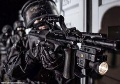 Austrian Counter-terrorism Unit - EKO Cobra (Einsatzkommando Cobra).
