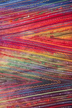 Lines, Shapes & Texture by Carol Ann Waugh, seen at Fiber Art Now Embroidery Stitches, Machine Embroidery, Creative Textiles, Textiles Techniques, Textile Fiber Art, Landscape Quilts, Thread Painting, Quilt Stitching, Mini Quilts