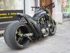 BIG BIKE CUSTOM N°1 München - Yamaha Vmax