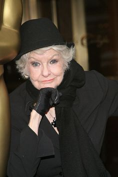 When she was the only one who could still pull off hats.   19 Times Elaine Stritch Taught Us How To Wear Clothes