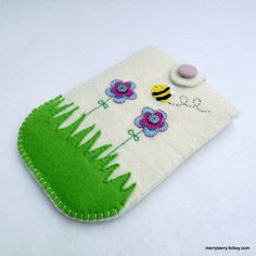 Garden Flowers Felt Kindle Case £12.00 from Merry Berry and the Little Panda on Folksy
