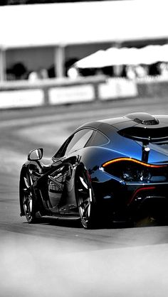 Check out those curves! #McLaren #SuperCar #Speed #Power #Style #Design #Luxury #Cars #CarShowSafari