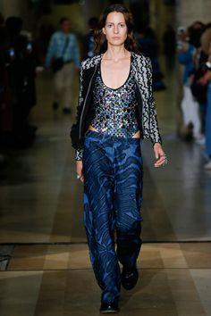 Moda Primavera Estate 2016: i pantaloni sono XL e ti salvano la silhouette -cosmopolitan.it