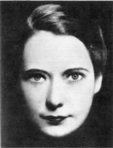 Margaret Mitchell - Atlanta journalist, author of Gone With The Wind, and a true lady. Margaret Mitchell, American Civil War, American History, Confederate States Of America, National Book Award, Writers And Poets, Beautiful Lips, Gone With The Wind, First Novel