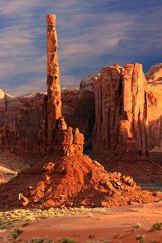 Totem Pole at sunset, Monument Valley, Arizona; photo by Tan Yilmaz
