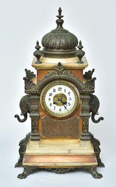 Belíssimo Relógio de Lareira Europeu do final do séc.X..