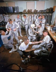 Astronauts on the Project Mercury mission — the first human spaceflight mission ever. We were working on beating the Russians then. Take A Look Inside NASA In The American Space, American History, Deke Slayton, Project Mercury, Nasa Space Program, Space Race, First Humans, Space Shuttle, Astronomy