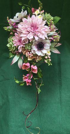 Sugar Paste Flowers, Icing Flowers, Fondant Flowers, Clay Flowers, Silk Flowers, Paper Flowers, Ikebana, Cold Porcelain Flowers, Flower Spray