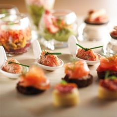 Le Petit Tablier Caterer - The passion for reinventing gastronomy and discovering new flavors.personalized menus for your corporate events or parties. Tapas Buffet, Food Displays, Catering Services, New Flavour, Corporate Events, Sushi, Delish, Menu, Parties