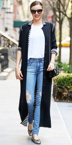 Miranda Kerr makes the ankle grazing cardigan work // Click the image to get her look #Fashion #StreetStyle