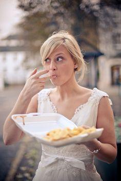 Para novias: 7 cosas que una novia NO debe hacer antes, durante y después de la boda Detalles para novias No comerás alimentos altos en sodio