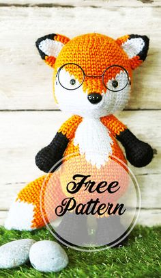 Get ready for autumn and forest design crafts! Please meet Mr. Furu, the Fox Amigurumi, the latest edition of the Amigurumi crochet pattern in the Craft Passion library. Crochet Potholder Patterns, Amigurumi Patterns, How To Start Knitting, Filet Crochet, Crochet Dolls, Crochet Hats, Crochet Animals, Design Crafts, Crochet Projects