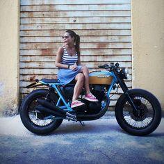 "Saint Motors™♠♣ op Instagram: "" by @cafetwin #caferacer #custom #bike #motorcycle #bratstyle #scrambler #caferacer #honda #cb"""