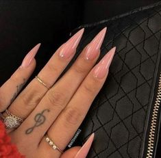 Acrylic Nails Stiletto, Pointy Nails, Best Acrylic Nails, Simple Stiletto Nails, Stiletto Nail Designs, Basic Nails, Coffin Nails, Hair And Nails, My Nails