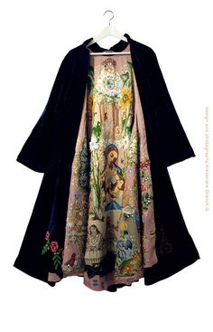 """Mantel der liefde""~ antique coat, oil portraits with hand embroidery. Design & Image © Alexandra Drenth."