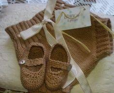 Pantalón y zapatitos de blancaypunto
