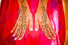 Preeya and Pramod were married in the warm, sunny Hawaiian summer at the Four Seasons Resort. A four day event filled with henna, dancing, boating, and bliss.