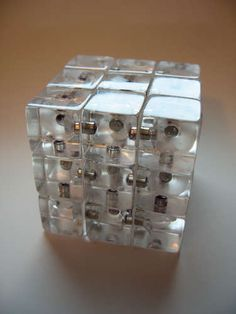 magnetic rubik just like the orignal!!!!!