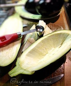 Melanzane ripiene alla siciliana Vegetable Recipes, Vegetarian Recipes, Cooking Recipes, Melanzana Recipe, Eggplant Recipes, Antipasto, Finger Foods, Love Food, Food To Make