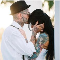 I loveeee tattooed wedding photos, I can't wait to be his tattooed bride :)