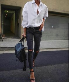 New Black jeans outfits that will inspire your warbrobe. Beloved black jeans outfits are ready for work and play.Casual to girls out new looks Mode Outfits, Night Outfits, Jean Outfits, Fall Outfits, Fashion Outfits, Fashion Clothes, Summer Outfits, Fashion Jewelry, Fashion Mode