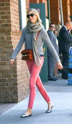 Daily outfit: bright skinnies and neutrals a la K.Kurkova