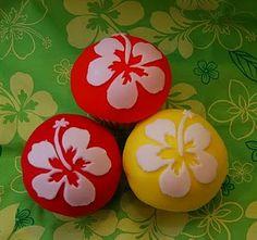 Inspiration for a Hawaii cake and cupcakes. Novelty Cakes Dubai. Sweet Secrets. www.sweetsecretsdubai.com