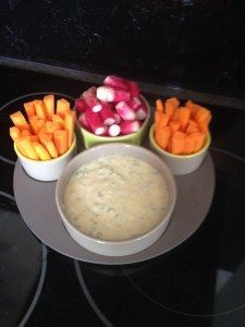 Light sauce for salads and raw vegetables - Repas noel - Raw Food Recipes Vegetable Appetizers, Soup Appetizers, Best Appetizers, Appetizer Recipes, Sauce Recipes, Raw Food Recipes, Salsa Alfredo Receta, Salad Sauce, Cuisine Diverse