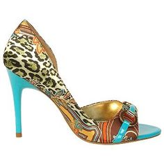 WHO MAKES THIS SHOE??? LOVE IT !!!